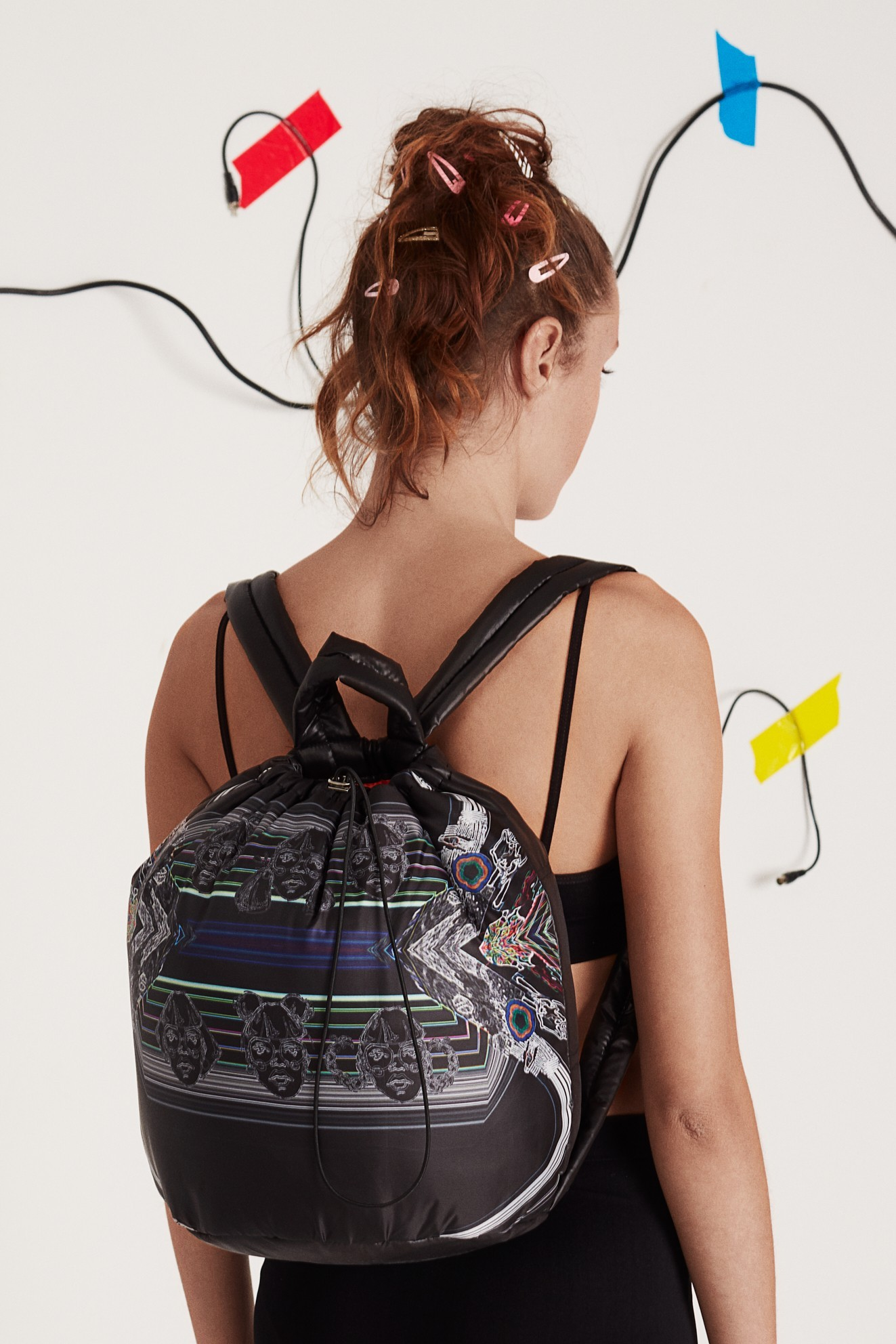 COSMIC RAYS BAG LOOK 03